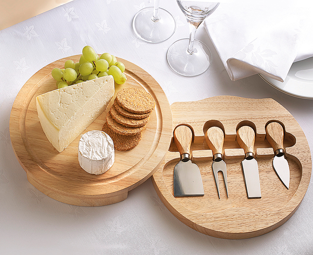 Tips For Serving Cheese Buy Wholesale Cheese Online